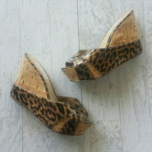 Steve Madden P-Bettsy Leopard Wedge Size 8